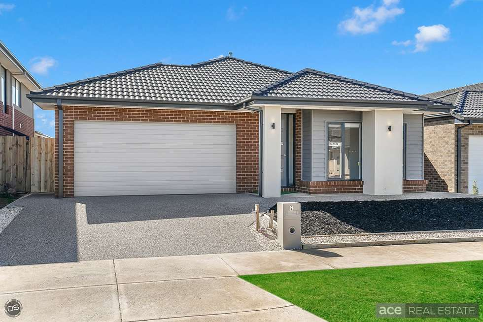 Second view of Homely house listing, 7 Vermont Road, Wyndham Vale VIC 3024