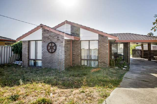5 Clewlow Court, Withers WA 6230