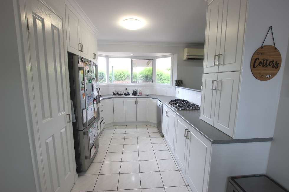 Second view of Homely house listing, 21 Avocado Court, Beaconsfield QLD 4740