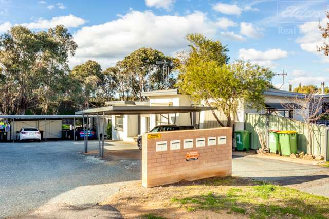 2/18 Gilmore Place, Queanbeyan NSW 2620