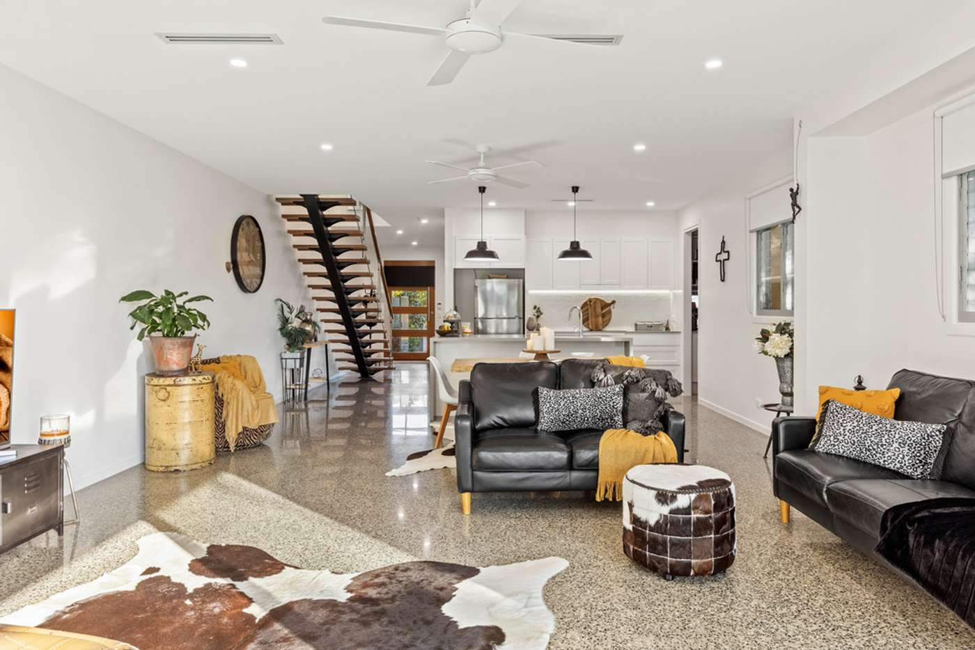 Fifth view of Homely semiDetached listing, 23 Nineteenth Avenue, Palm Beach QLD 4221