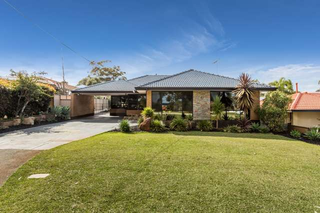 32 Bullfinch Street, Spearwood WA 6163
