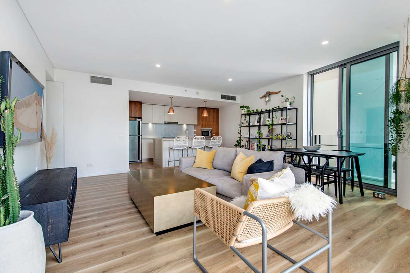 Fifth view of Homely apartment listing, 302/3018 Surfers Paradise Boulevard, Surfers Paradise QLD 4217