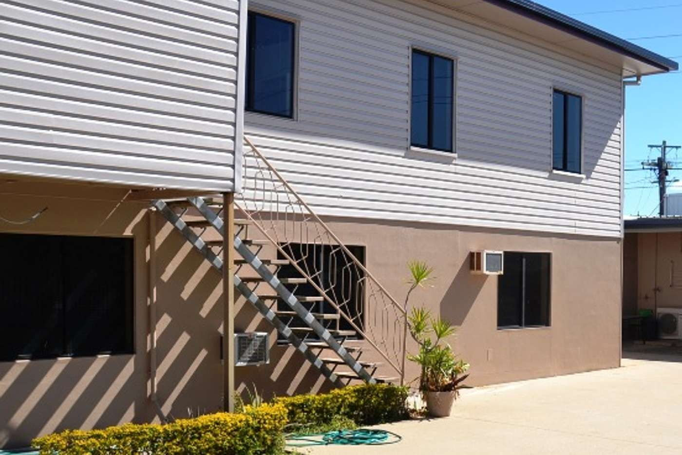 Main view of Homely unit listing, 2/5 Holland Street, West Mackay QLD 4740