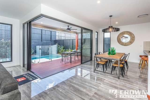 10 Sturt Place, Upper Kedron QLD 4055