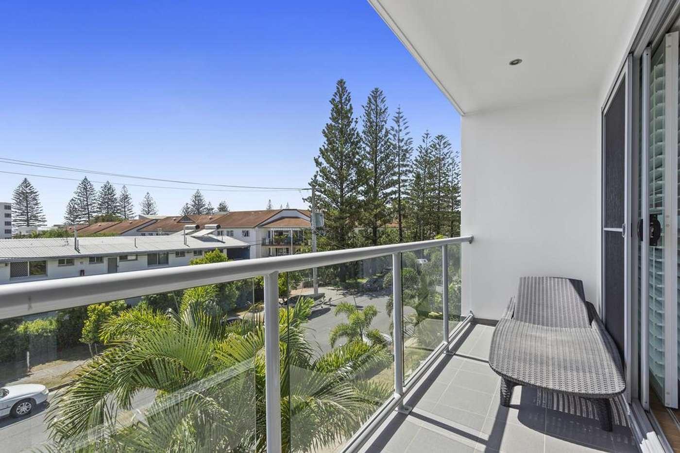 Seventh view of Homely villa listing, 2/30 Redondo Avenue, Miami QLD 4220