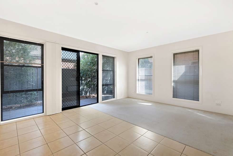 Fifth view of Homely townhouse listing, 1/8 Lauffre Walk, Caroline Springs VIC 3023