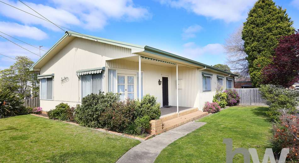 16 Glover Street, Newcomb VIC 3219