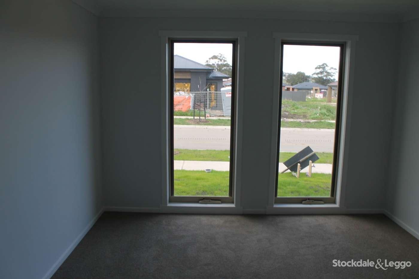 Fifth view of Homely house listing, 7 Rockies Ridge, Pakenham VIC 3810