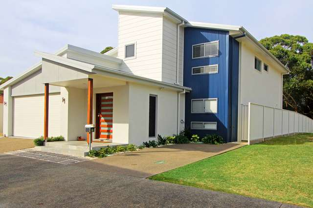9 Beach Break Court, Bonny Hills NSW 2445