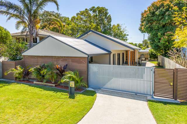 53 Victor Avenue, Paradise Point QLD 4216