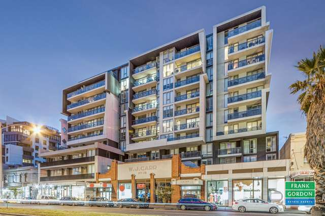 701/101 Bay Street, Port Melbourne VIC 3207
