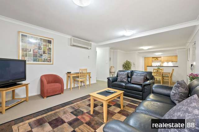 2/128 Mounts Bay Road, Perth WA 6000
