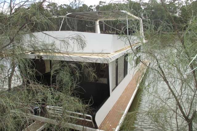 24/7 Houseboat, Yelta VIC 3505