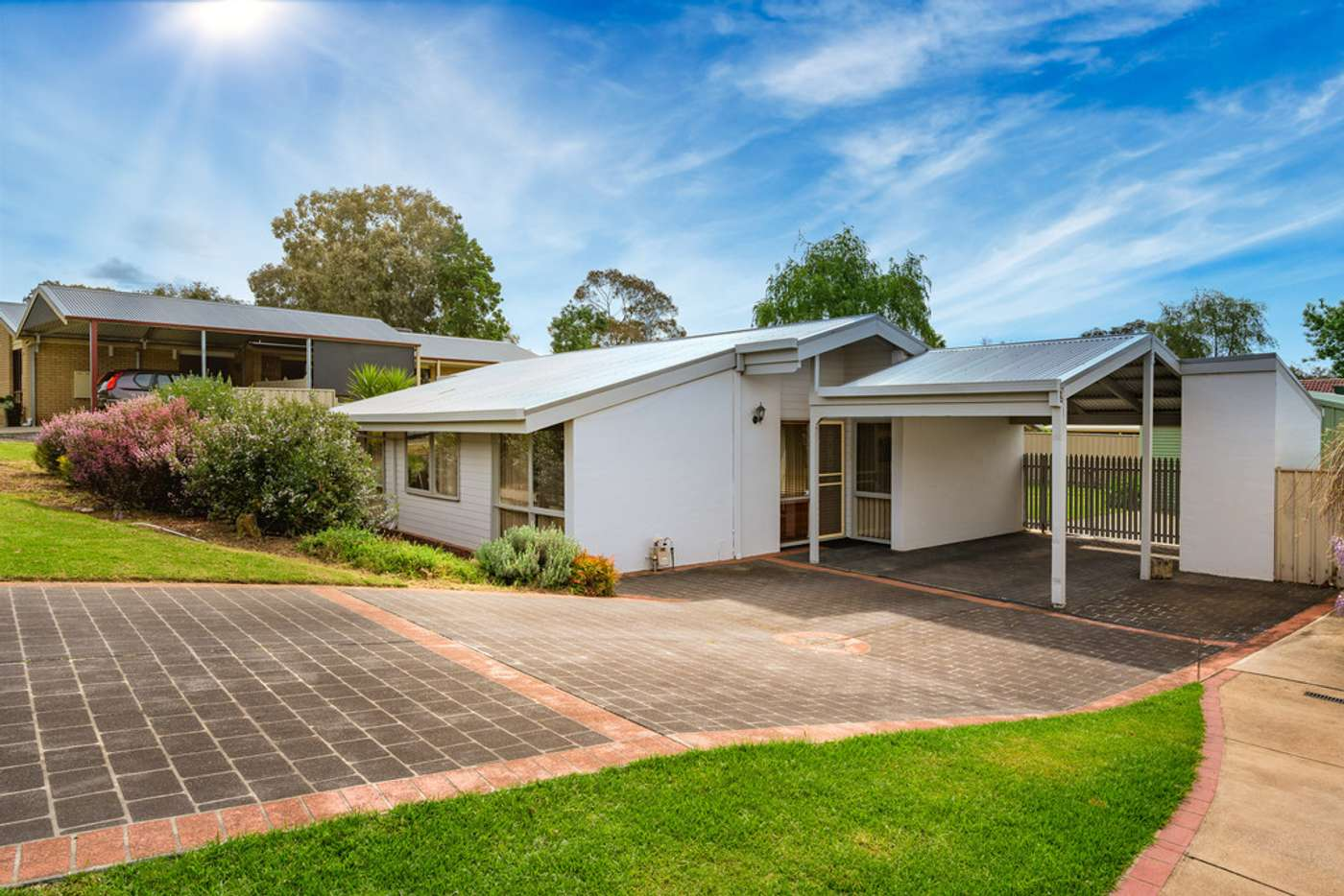 Main view of Homely house listing, 25 Wiltshire Crescent, Wodonga VIC 3690