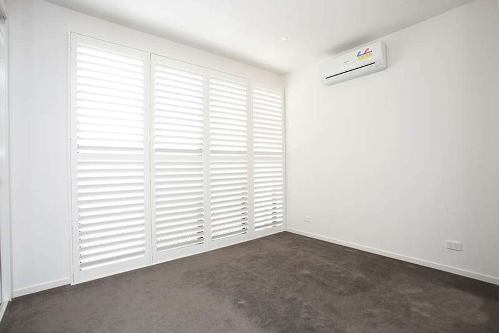 Third view of Homely house listing, 33 Mulberry Avenue, Cheltenham VIC 3192