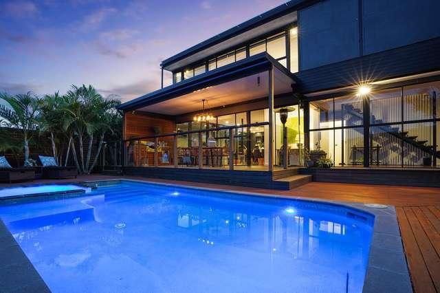 10 Talinga Crescent, Southport QLD 4215