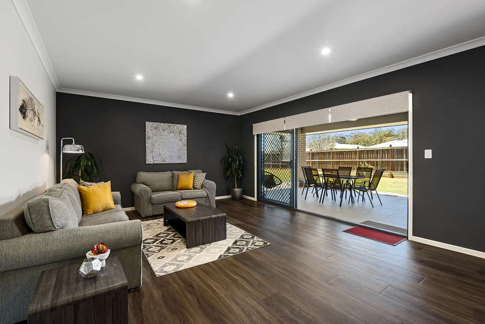 Third view of Homely house listing, 2 Dunbar Court, Highfields QLD 4352