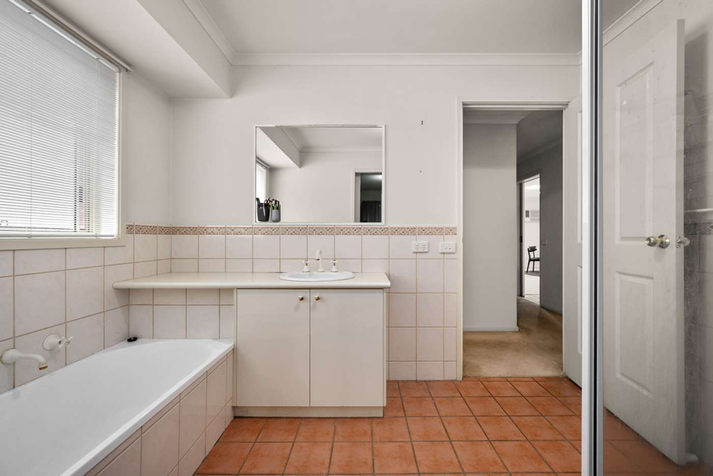 Sixth view of Homely unit listing, 1/123 Phillips Street, Wodonga VIC 3690