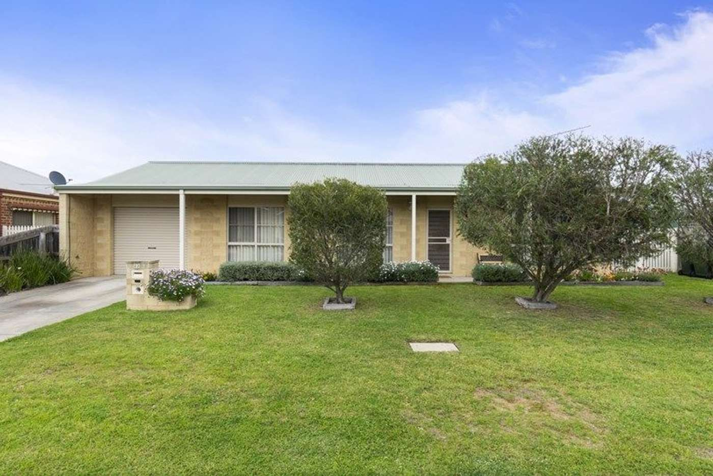 Main view of Homely unit listing, 22 Keen Place, Lara VIC 3212
