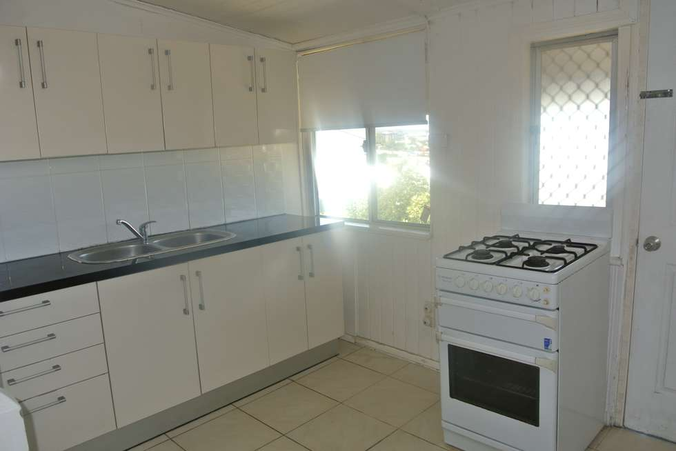 Second view of Homely unit listing, 4/52 Hawthorne Street, Woolloongabba QLD 4102