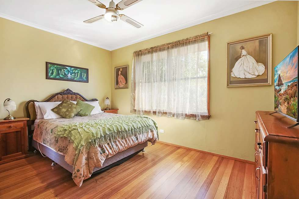 Fifth view of Homely house listing, 33 Wornes Drive, Wodonga VIC 3690