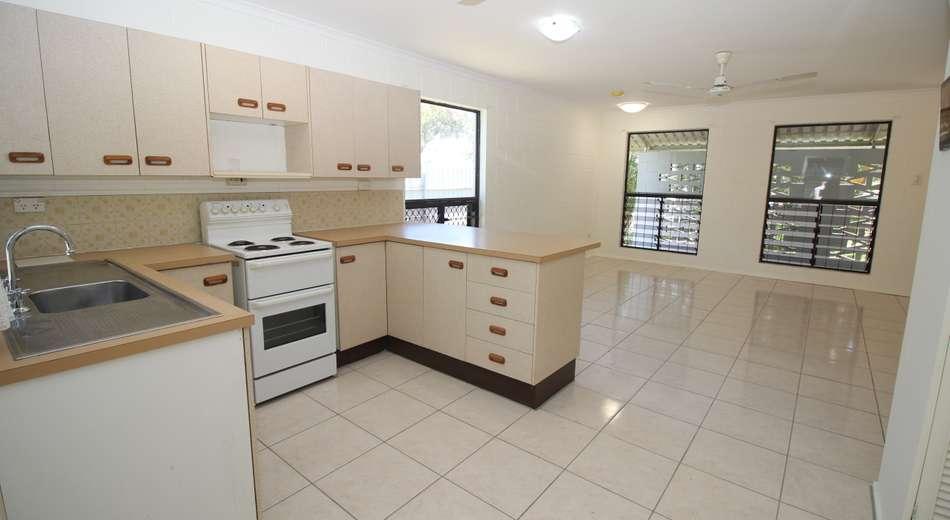 462 Ross River Road, Cranbrook QLD 4814