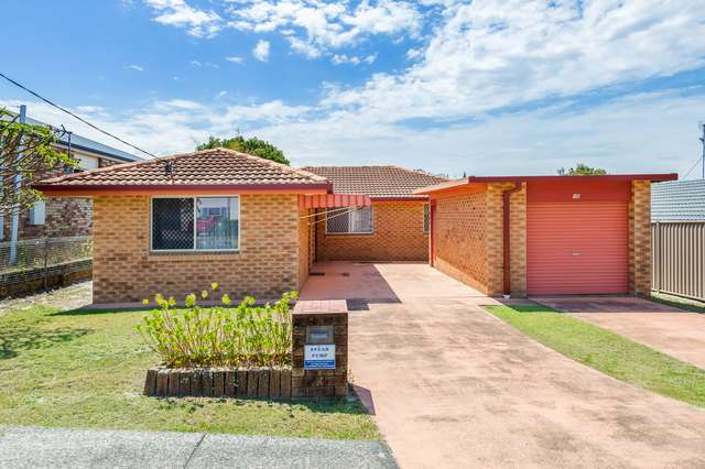 15 Swallow Avenue, Paradise Point QLD 4216
