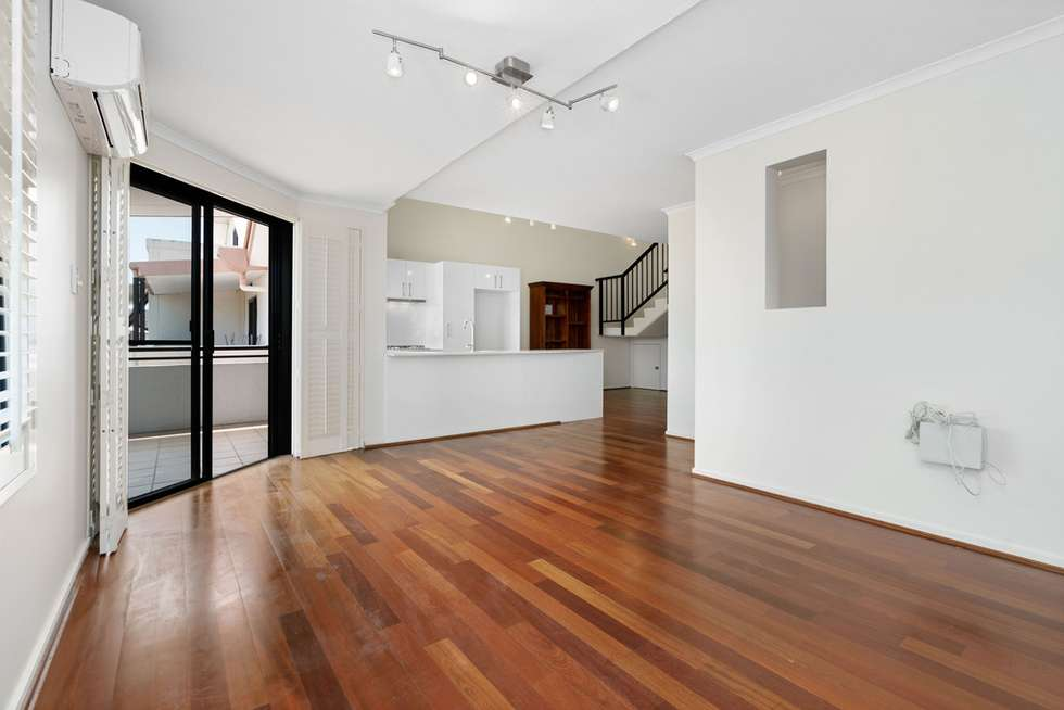 Third view of Homely apartment listing, 13/41 Rossiter Parade, Hamilton QLD 4007