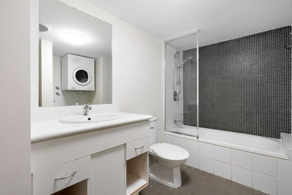 Fifth view of Homely apartment listing, 13/41 Rossiter Parade, Hamilton QLD 4007