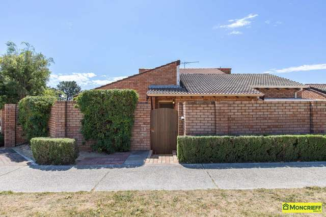 1d Kitchener Road, Melville WA 6156