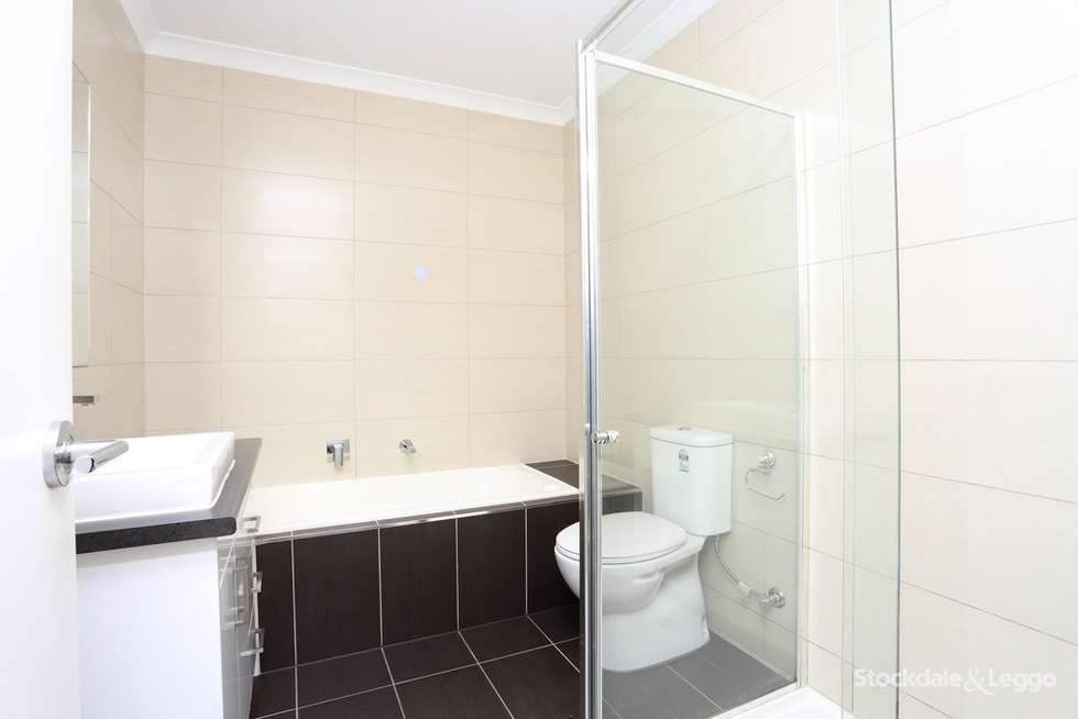 Second view of Homely townhouse listing, 21 Heather Crt, Glenroy VIC 3046