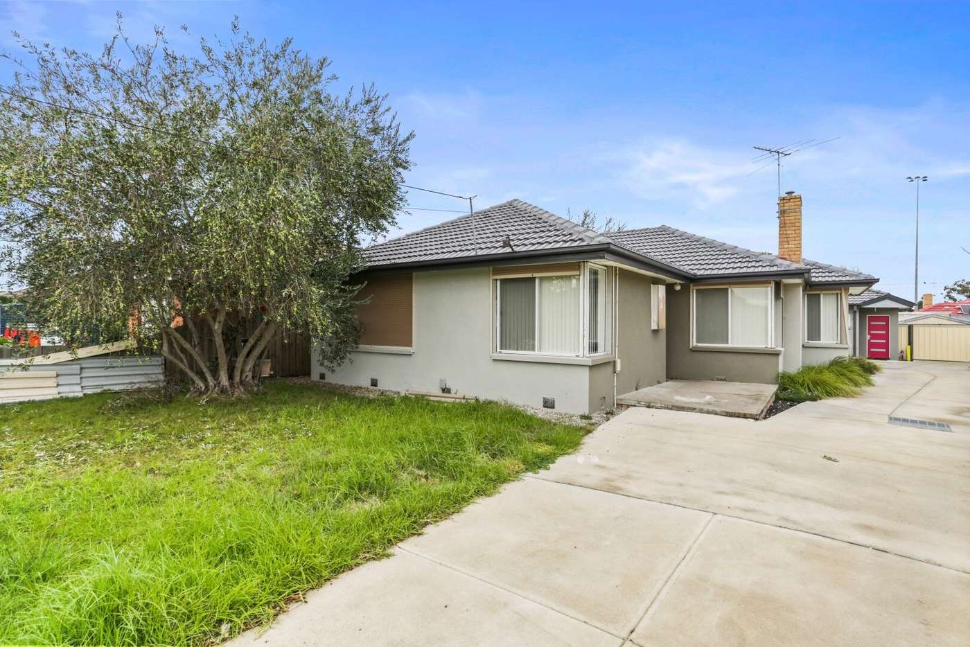 Main view of Homely unit listing, 1/24 Maureen Crescent, Noble Park VIC 3174