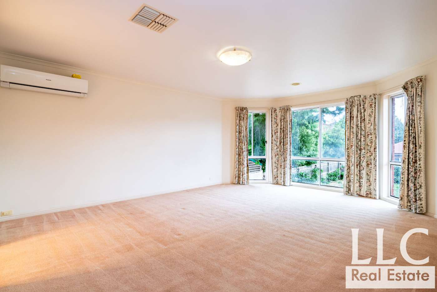 Fifth view of Homely house listing, 5 Adrian Avenue, Vermont South VIC 3133