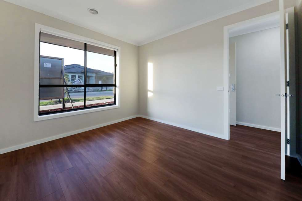 Fourth view of Homely house listing, 55 Cooney Circuit, Kalkallo VIC 3064