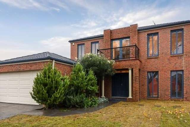 15 Clocktower Court, Berwick VIC 3806