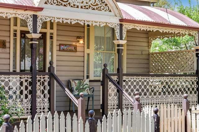 10 Boulton Terrace, Toowoomba City QLD 4350