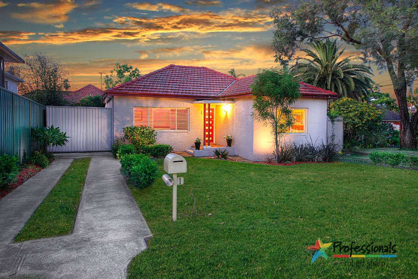 Sixth view of Homely house listing, 1 Gungaroo Place, Beverly Hills NSW 2209
