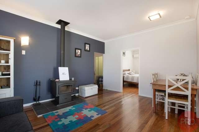 76 Sale Street, Greta NSW 2334