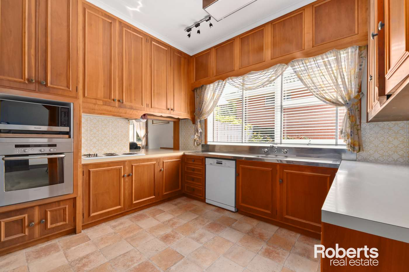 Fifth view of Homely house listing, 31 Riverside Drive, Riverside TAS 7250