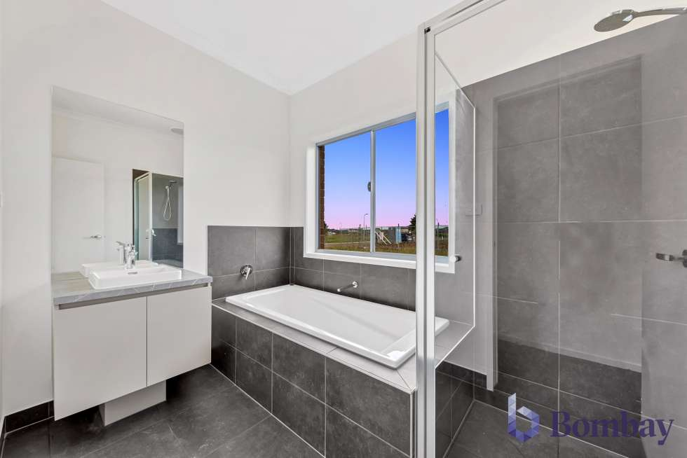 Fifth view of Homely house listing, 30 Bookham Circuit, Kalkallo VIC 3064