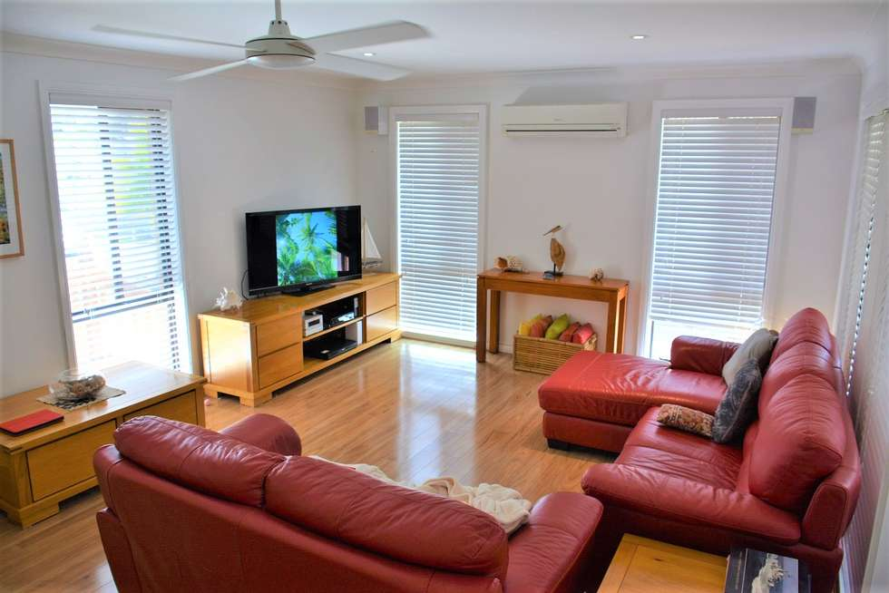 Second view of Homely house listing, 1/89 Yeramba Road, Summerland Point NSW 2259