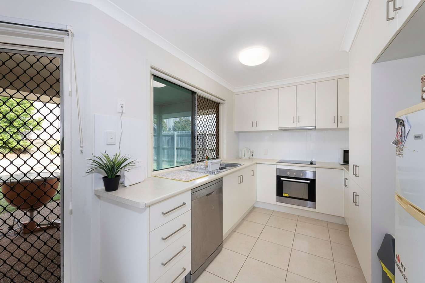 Seventh view of Homely unit listing, 2/6 Pinnacle Court, Avoca QLD 4670