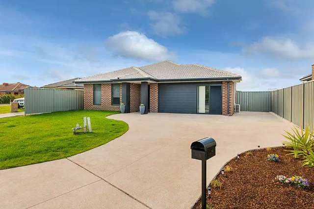 66 Ardent Crescent, Cranbourne East VIC 3977