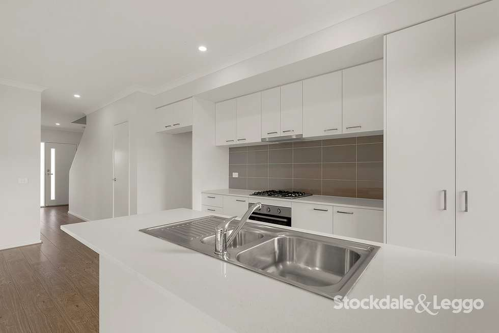 Fifth view of Homely house listing, 118 Highlander Drive, Craigieburn VIC 3064