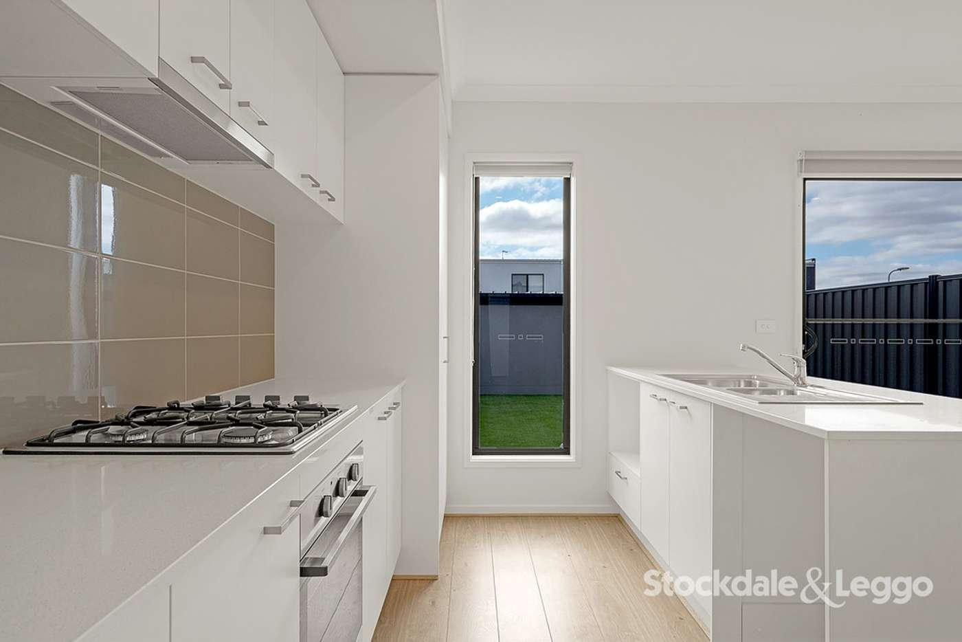 Sixth view of Homely house listing, 118 Highlander Drive, Craigieburn VIC 3064