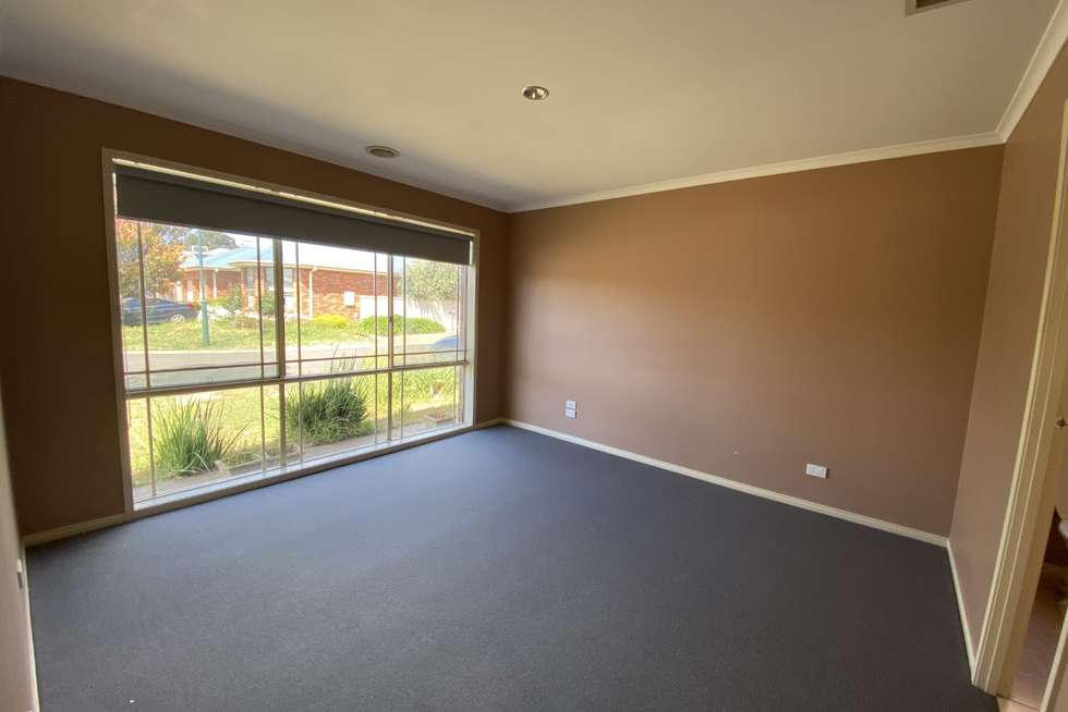 Fourth view of Homely house listing, 7 Innes Place, Caroline Springs VIC 3023