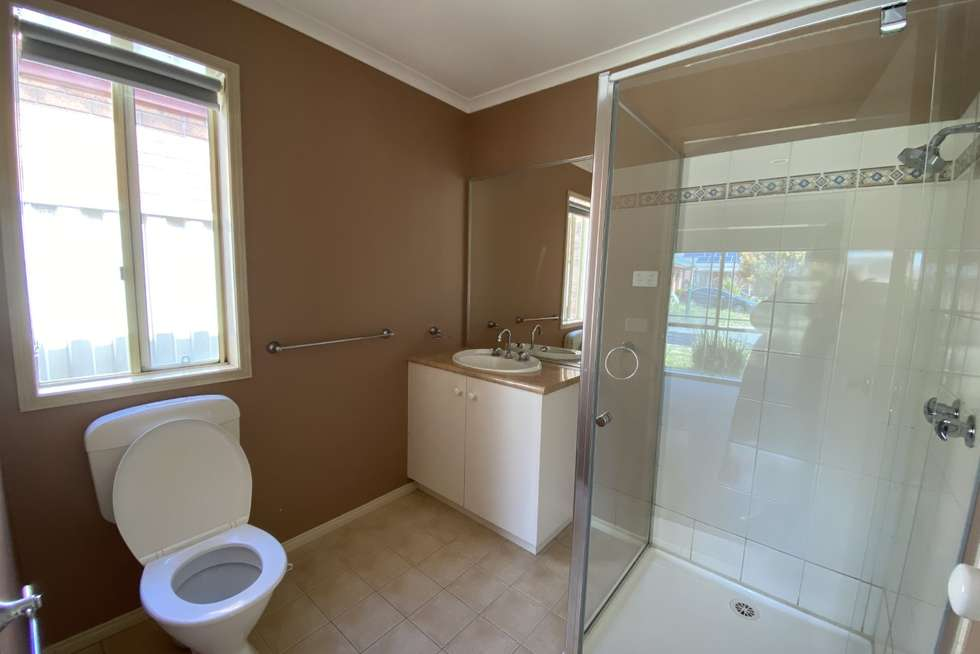 Fifth view of Homely house listing, 7 Innes Place, Caroline Springs VIC 3023