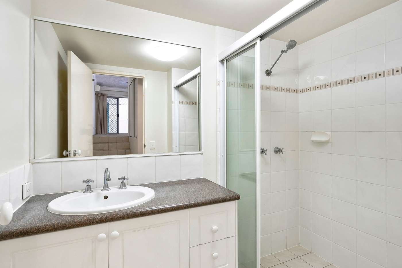 Sixth view of Homely unit listing, Unit 1/52 Queen Street, Southport QLD 4215