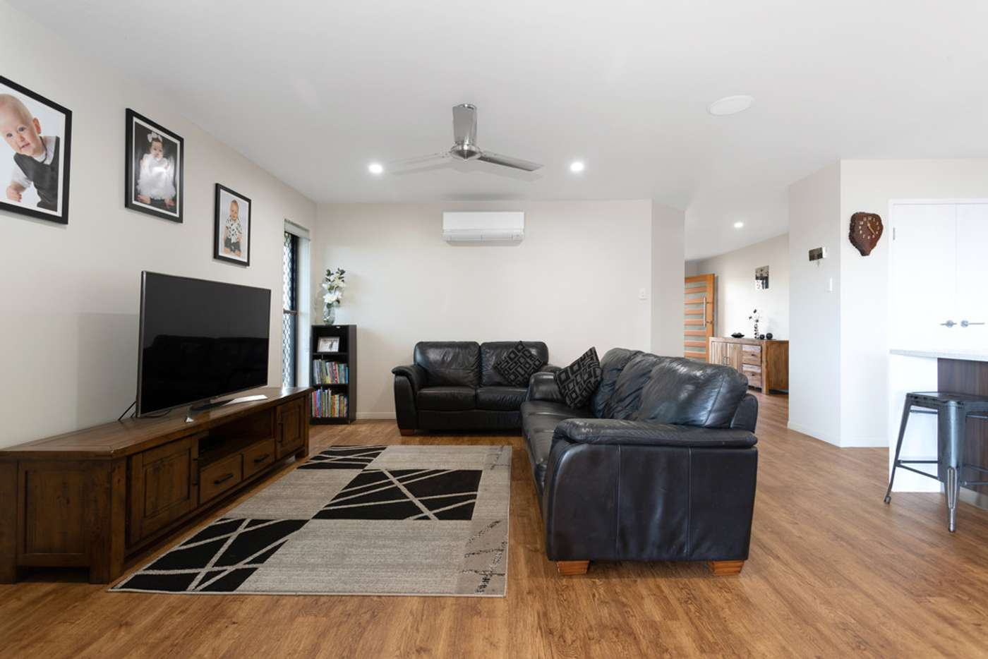 Fifth view of Homely house listing, 2 Roma Court, Beaconsfield QLD 4740